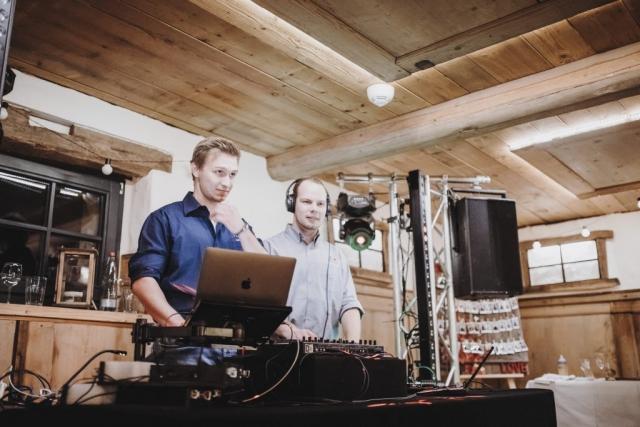 Oxschneune Nüstenbach DJ Hochzeit