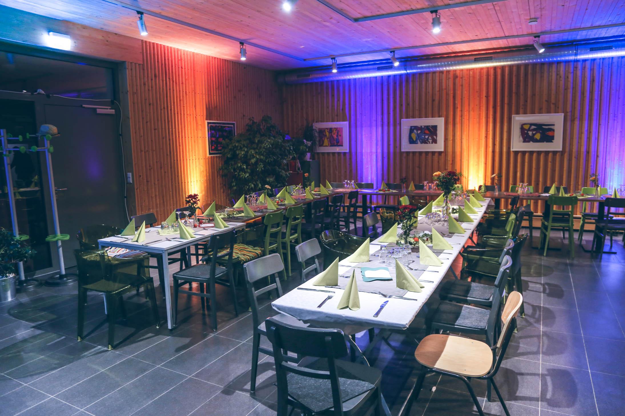 Geburtstagsfeier im Input Mosbach mit Uplights, Floorspots, DJ und Musik von ML Events